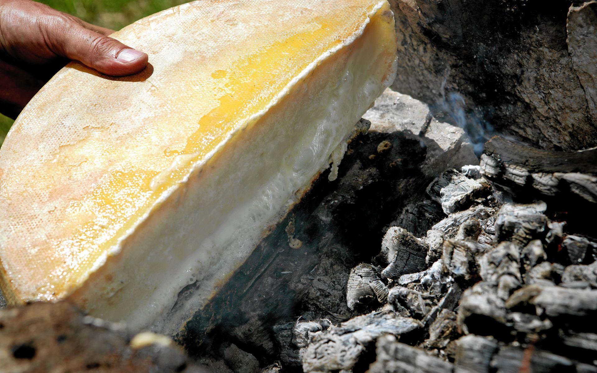 La raclette au feu de bois